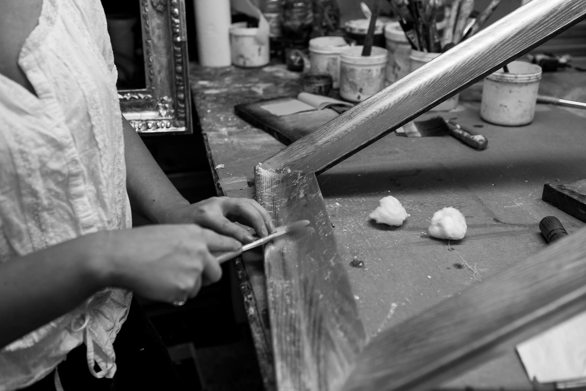 Adding gilt to a wooden frame