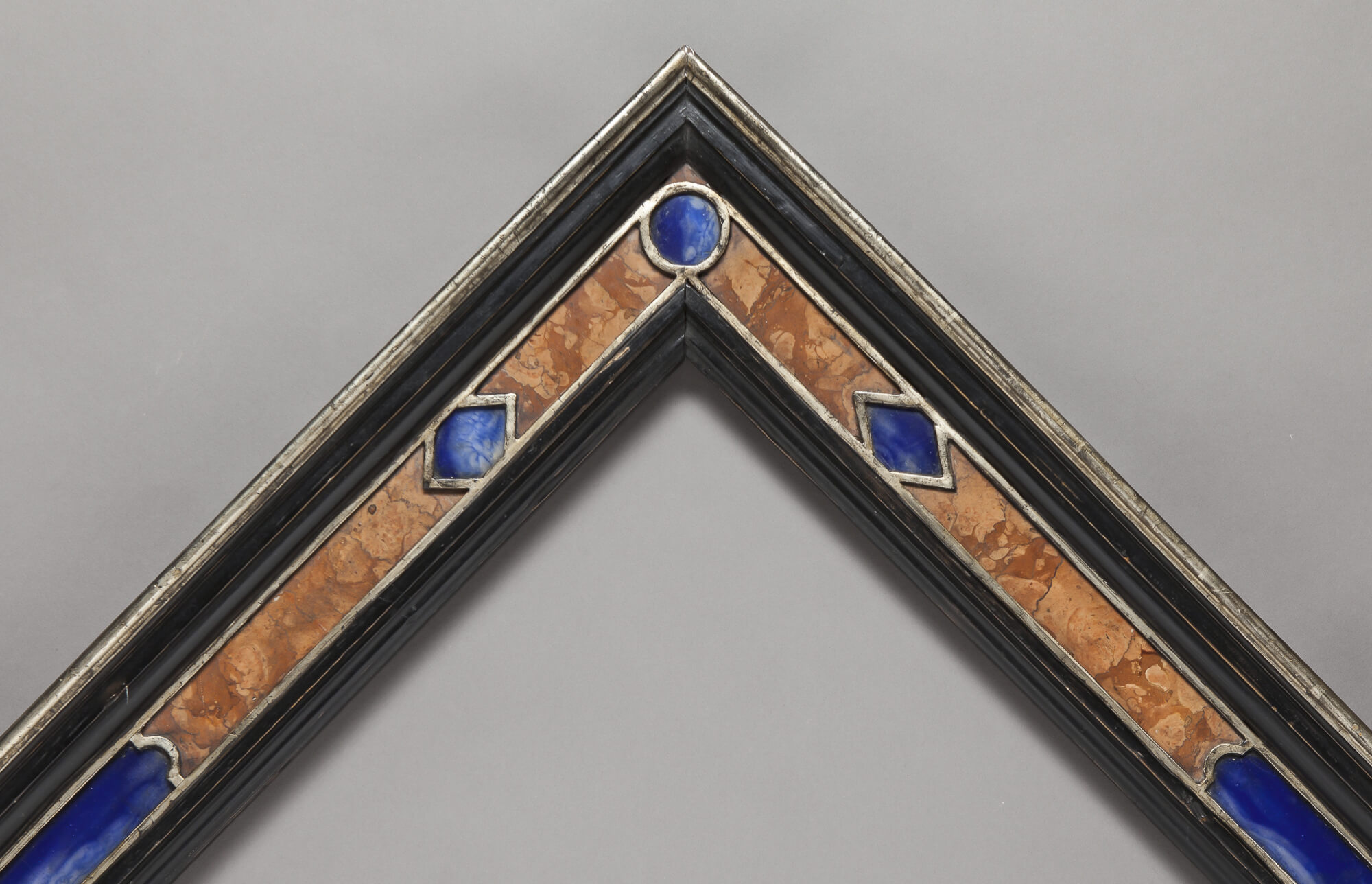 18th Century Cassetta with precious stones